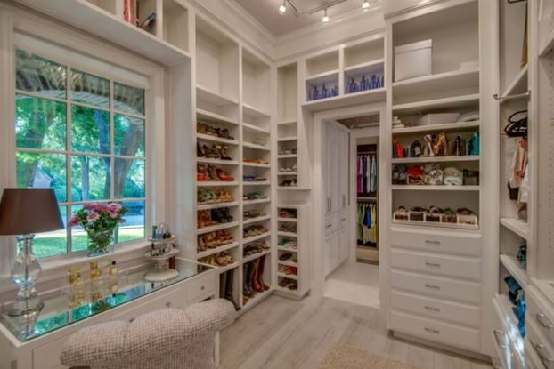 30 Awesome Small Walk In Closet Design Ideas And Inspiration For Modern Home Decor