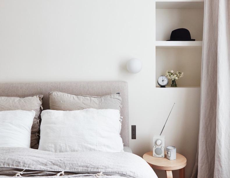 minimalist bedroom photos