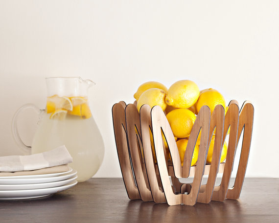 minimalist dish storage