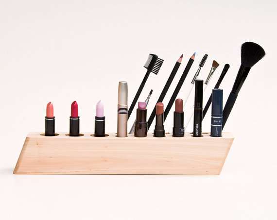 minimalist make up furniture storage