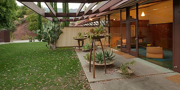 35 Modern Landscaping Design Ideas For Your Frontyard And Backyard