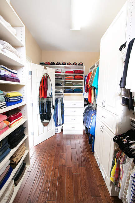 walk-in closet layout dimensions