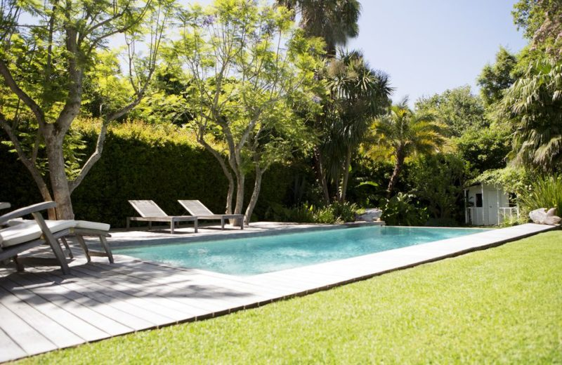 modern swimming pool design pictures