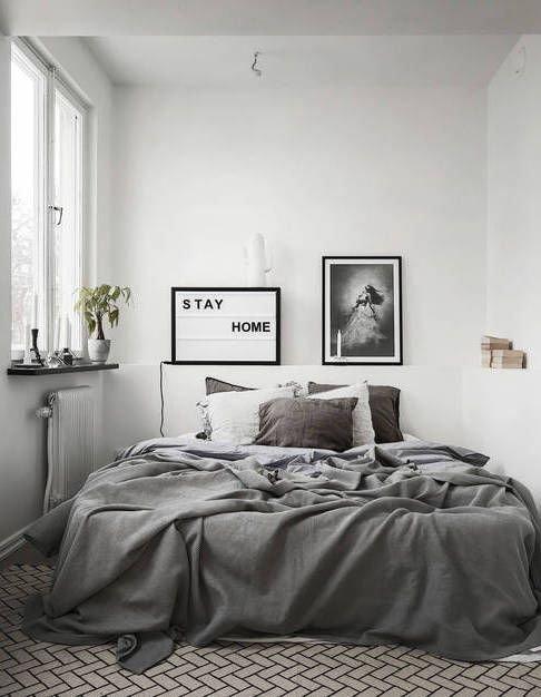 minimalist decorating on a budget