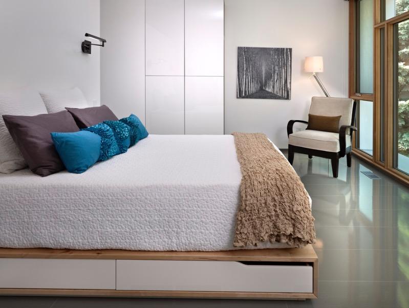 minimalist bedroom on a budget