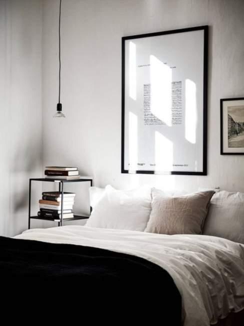 minimalist decorating small spaces