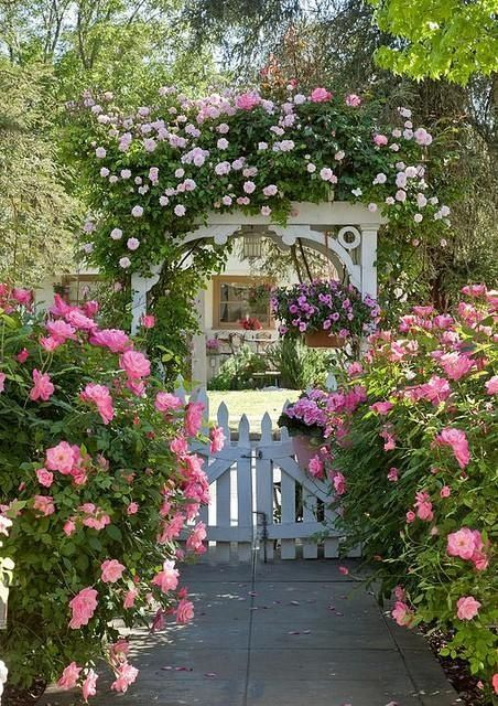 Victorian Cottage Flower Garden Design