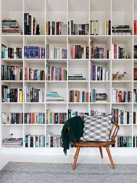 super minimalist scandinavian bookshelves