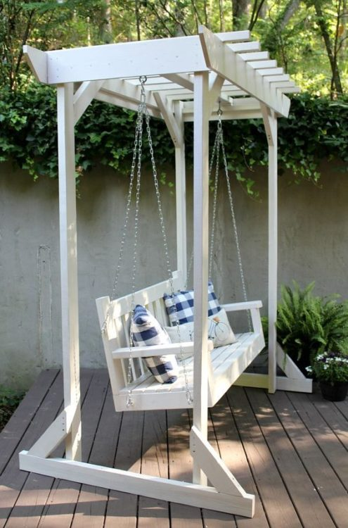 DIY Hang Relaxing Porch Swing