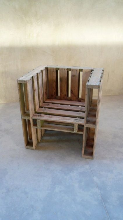 DIY Outdoor Furniture Chair Pallets