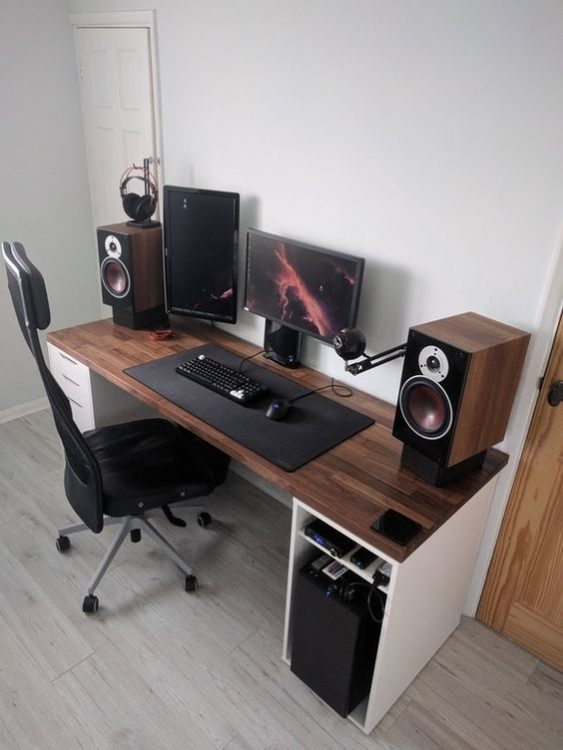 Gamers Style Modern Desk Ideas