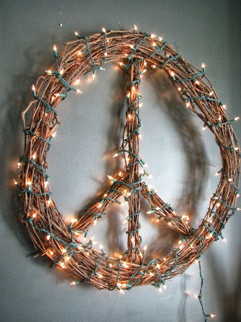 Peace Sign Wreath DIY String Light