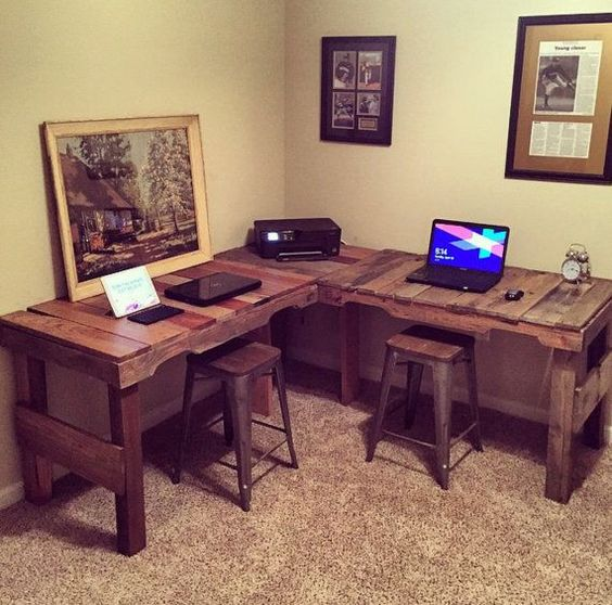 Rustic Pallet DIY Corner Desk Ideas
