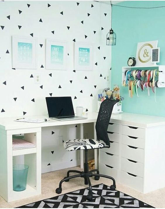 White and Blue DIY Corner Desk Ideas