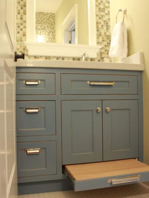 Classic Farmhouse Bathroom Storage Ideas