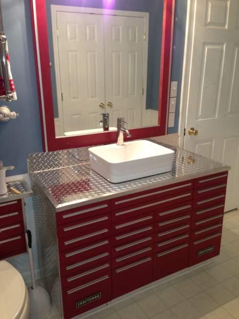 Craftsman Savvy Bathroom Storage Ideas