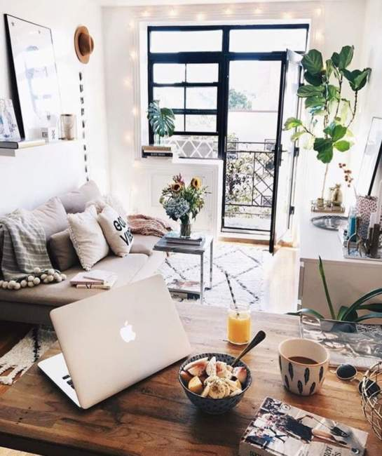 Dreamy Simple Apartment Decor
