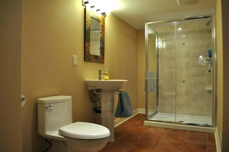 eclectic basement bathroom ideas