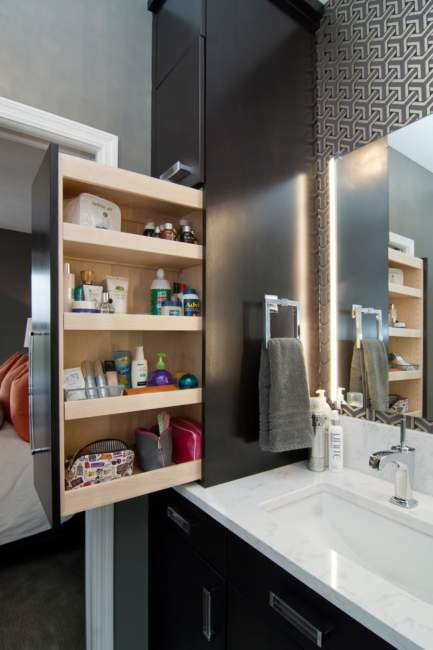 Modern Built In Savvy Bathroom Storage Ideas
