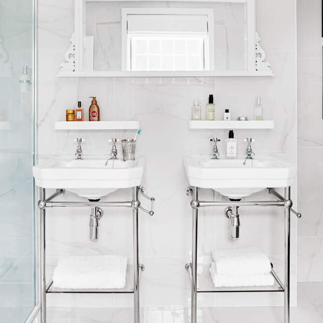 Victorian Savvy Bathroom Storage Ideas