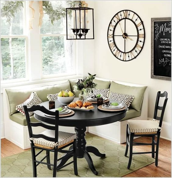 Classic Corner Breakfast Nook Ideas