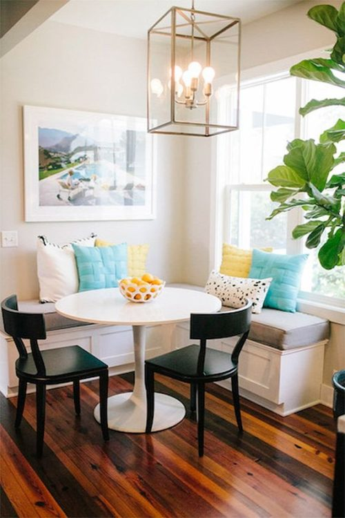 Natural Corner Breakfast Nook Ideas