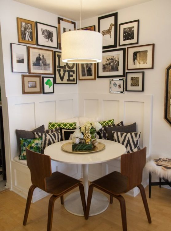 Retro Corner Breakfast Nook Ideas