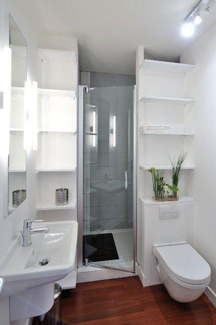 Savvy Tiny House Bathroom