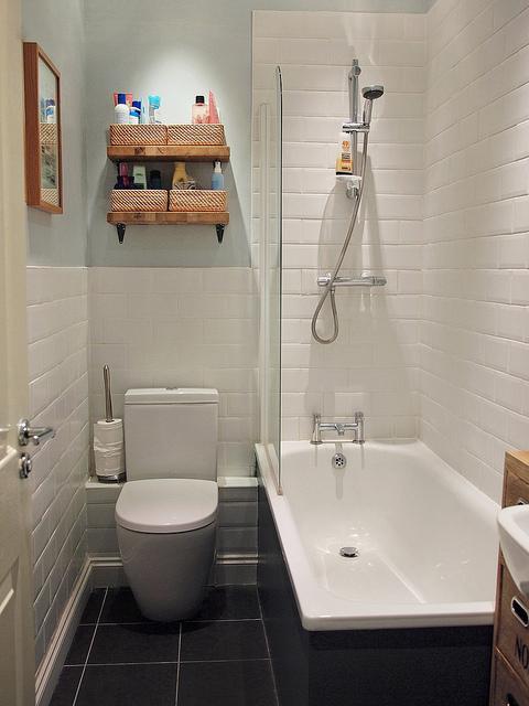 Simple Tiny House Bathroom
