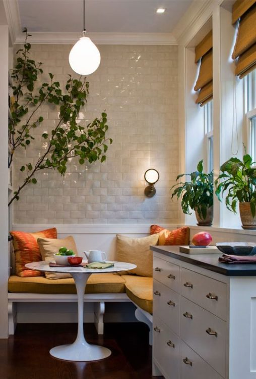 Warmth Corner Breakfast Nook Ideas