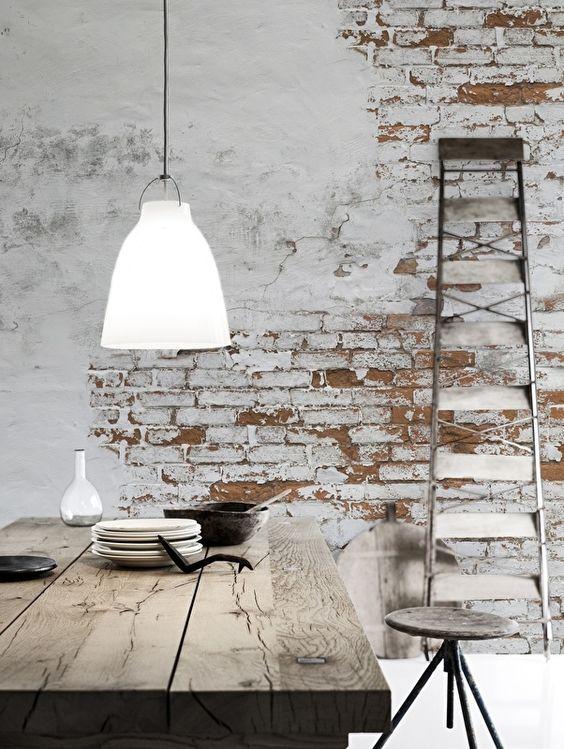 famhouse white brick wall