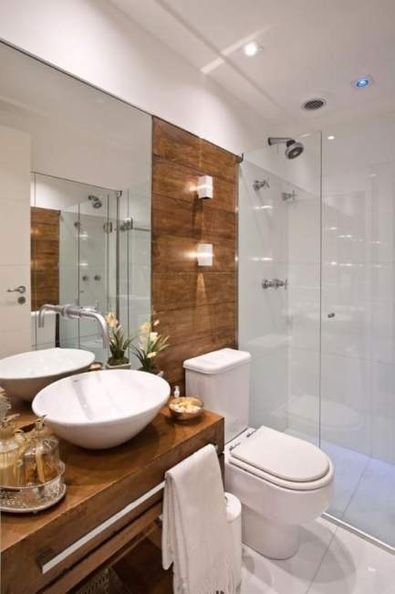 Wood Accents Basement Bathroom Ideas